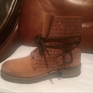 New Jeffrey Campbell Women's Brown Combat Boots